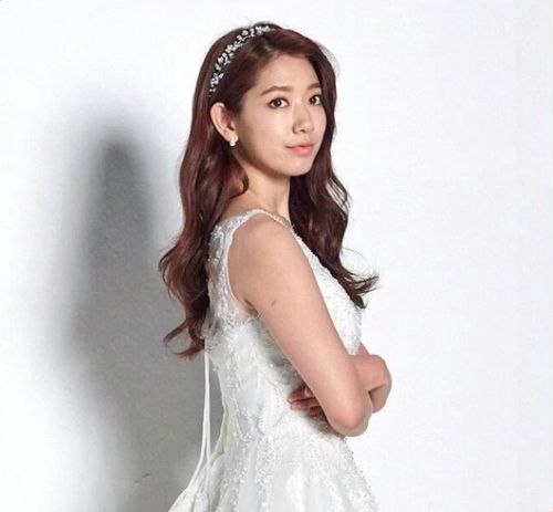 Foto Cantik Park Shin-hye Terbaru Tahun 2016 40