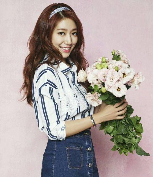 Foto Cantik Park Shin-hye Terbaru Tahun 2016 50