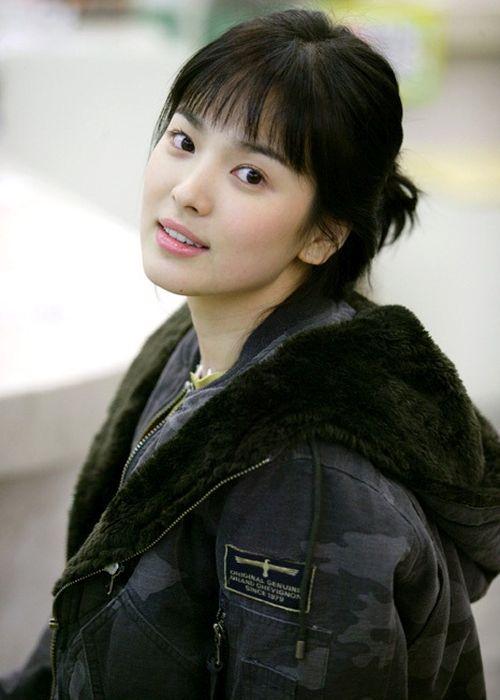 Foto Tercantik Song Hye-kyo 21
