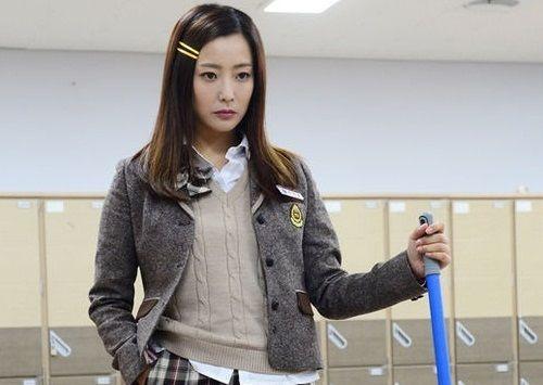 Kim Hee-sun SMA