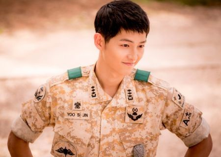 Song Joong-ki dalam Descendants of the Sun