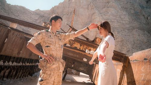 Foto Adegan Drama Descendants of the Sun 6
