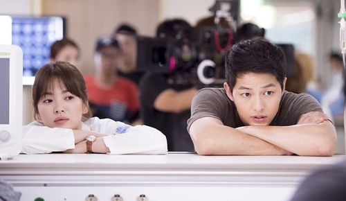 Foto Adegan Drama Descendants of the Sun 7