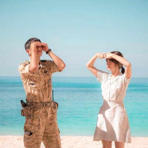 Foto Adegan Drama Descendants of the Sun 8