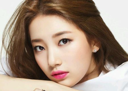 Foto Close up Bae Suzy
