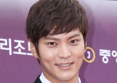Foto Close up Joo Won