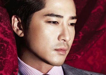 Foto Close up Kang Ji-hwan