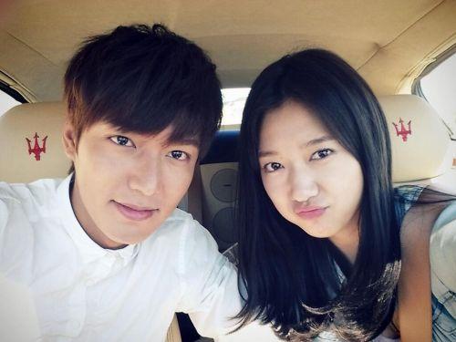 Foto Lee Min-ho dan Park Shin-hye4