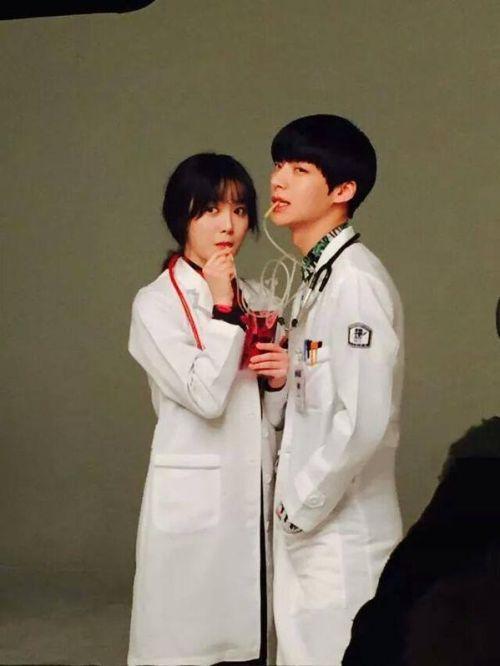 Foto Romantis Ku Hye-sun dan Ahn Jae-hyun4