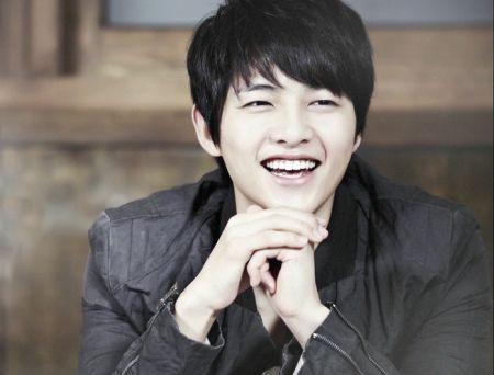 Foto Song Joong-ki Tampan 10