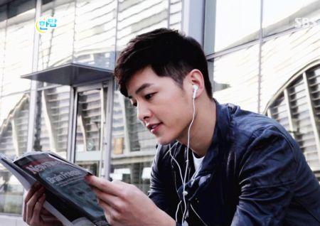 Foto Song Joong-ki Tampan 18
