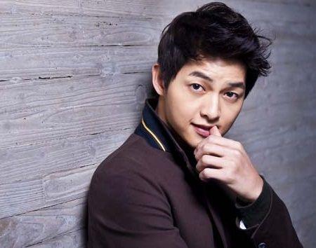 Foto Song Joong-ki Tampan 2