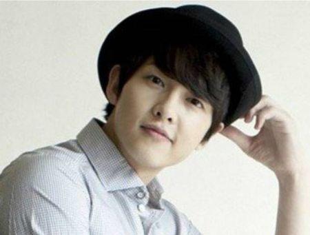 Foto Song Joong-ki Tampan 33