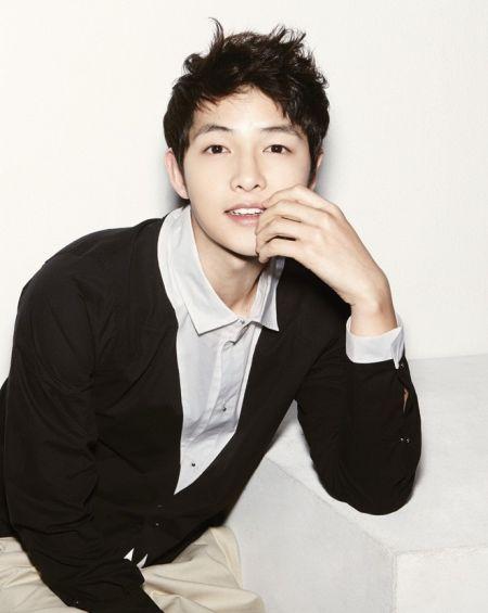 Foto Song Joong-ki Tampan 34