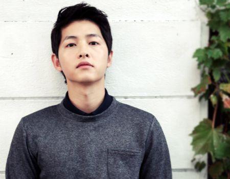 Foto Song Joong-ki Tampan 4