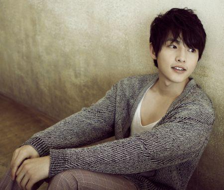 Foto Song Joong-ki Tampan 44