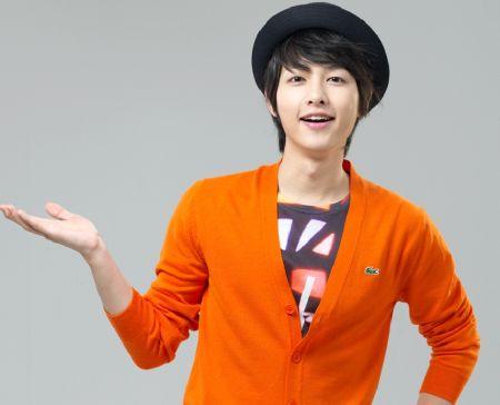 Foto Song Joong-ki Tampan 47