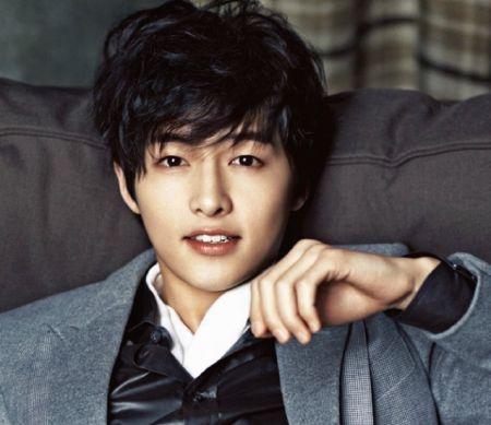 Foto Song Joong-ki Tampan 8