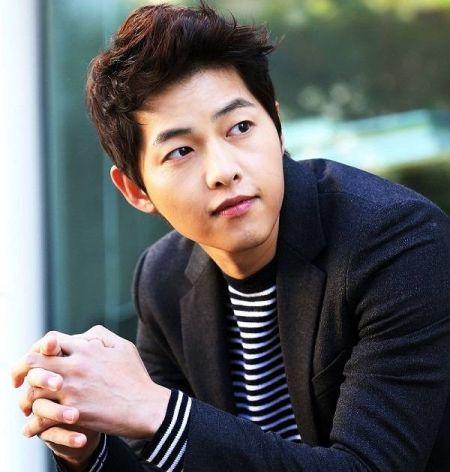 Foto Song Joong-ki Tampan 9