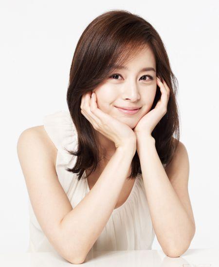 Kecantikan Kim Tae Hee3
