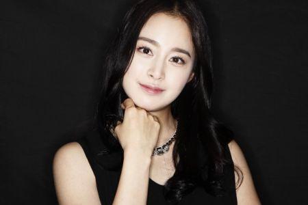 Kecantikan Kim Tae Hee5