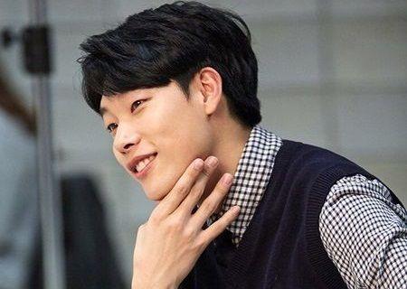 Foto Aktor Muda Ryu Jun-yeol