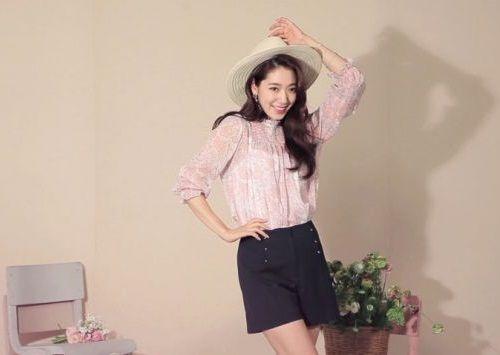 Foto Senyuman Park Shin-hye Terbaru10