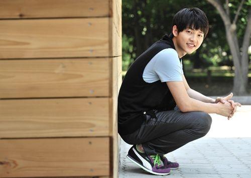 Foto Song Joong-ki di Tahun 2009