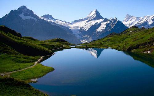 Gambar Pemandangan Indah di Dunia3